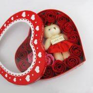 خرید جعبه خرس و گل قرمز