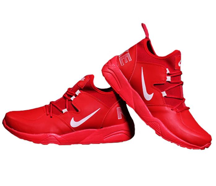 کفش مردانه Nike مدل Sergio , جدیدترین مدل کفش مردانه Nike مدل Sergio , از سری کفشهای مخصوص پیاده روی و دویدن می باشد که با سایزهای مخصوص آقایان ساخته شده است.دارای کفی نرم و انعطاف پذیر می باشد.