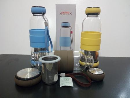 فلاسک شیشه ای دم نوش سیلیکونی (1)