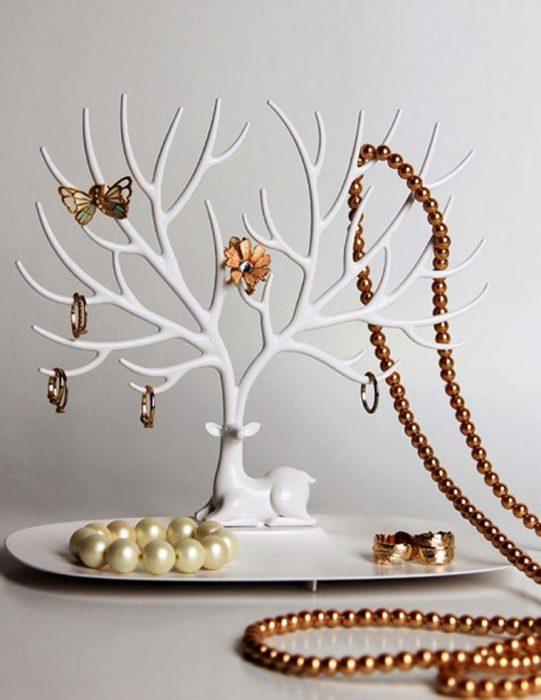 جا جواهری شاخ گوزنی